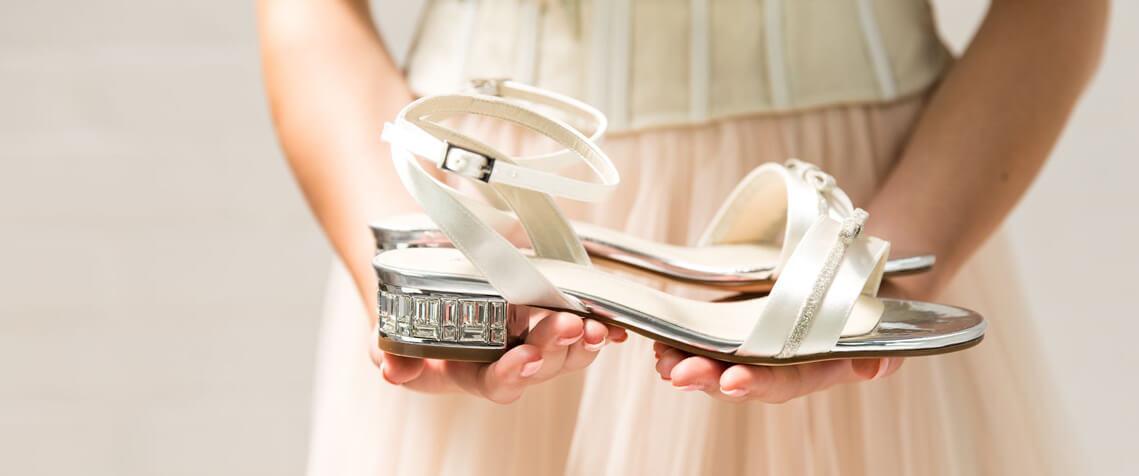 Brautschmuck Brautschuhe Online Shop Diademe Hochzeitsschmuck