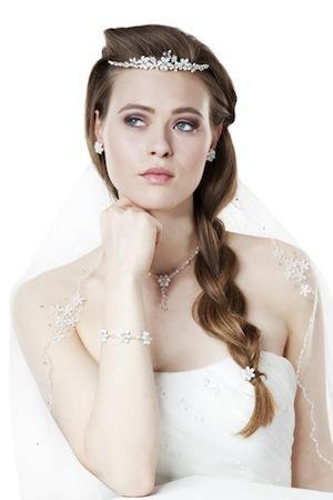 Diademe Fur Die Braut Zur Hochzeit Bei Brautschmuck24 Online Kaufen